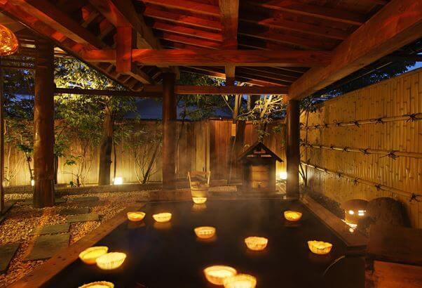 上山温泉 月の池